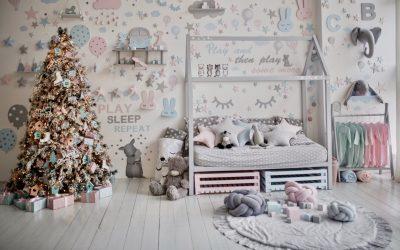 Décorer la chambre d'un enfant.
